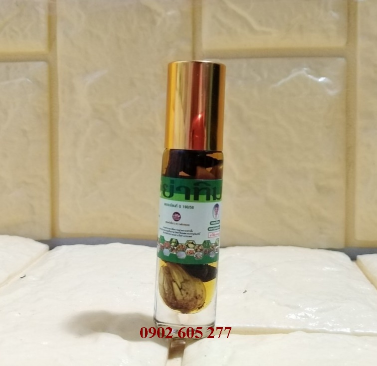 Dầu lăn 22 vị thảo dược Thái Lan